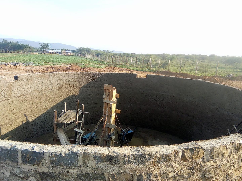 Ein Wasserspeicher in Kenia
